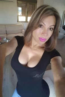 Jenifer Diamond, Travesti en Barcelona