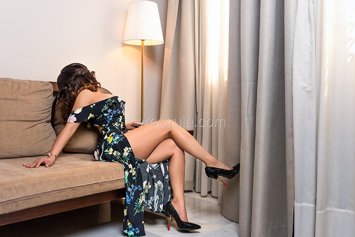 I'm eager to meet men in Seville