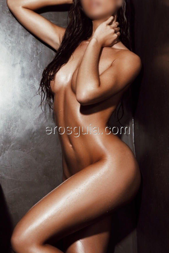 Ciao a tutti, mi chiamo Emma, una modella spagnola ed offro anche servizi di...