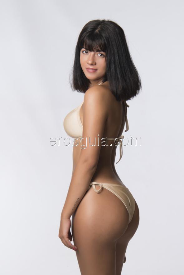 Espectacular y joven escort española muy pasional, sensual, le encanta el...