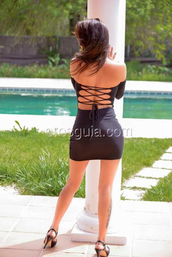 Con un cuerpo que incita al deseo, está dispuesta a complacerte en todo lo...
